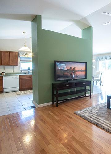 Flooring & Wall Coverings